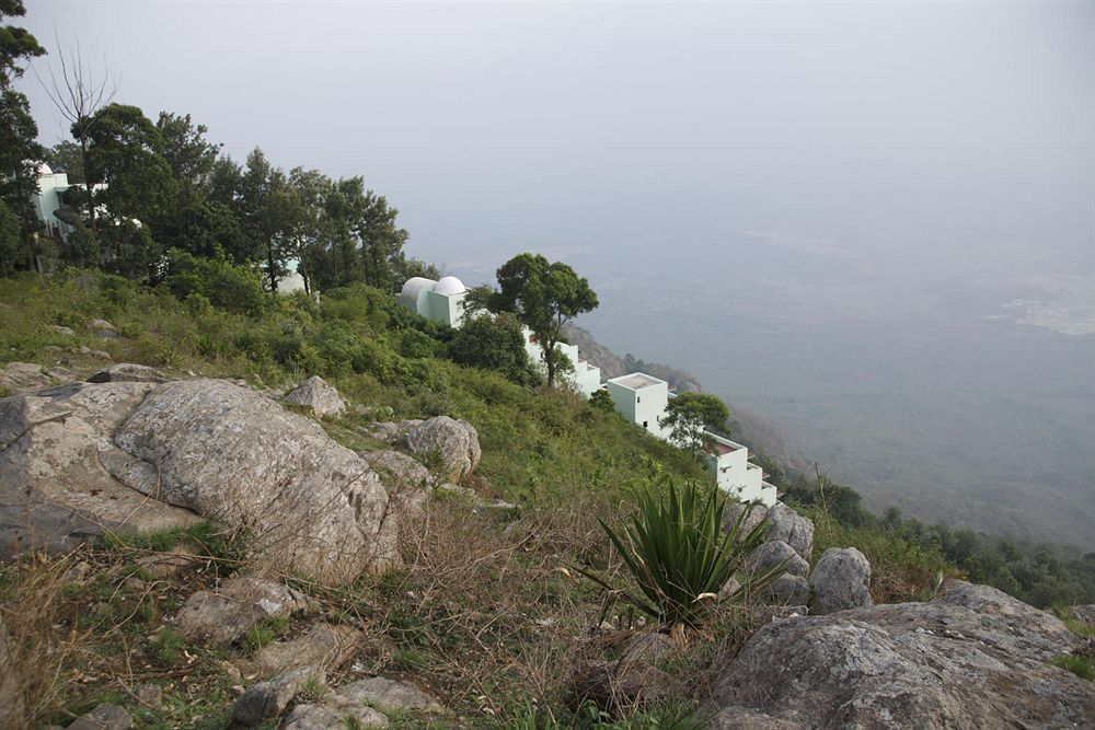 Hills Adda Instant Garden : Team outings building and offsites to resort amidst