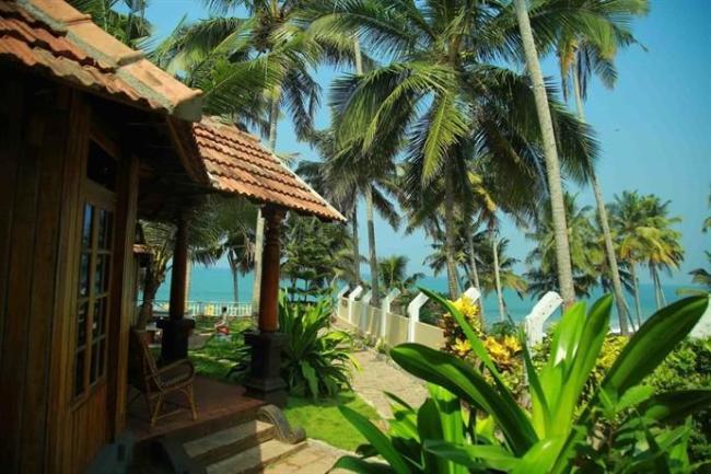 Woodhouse Beach Resort